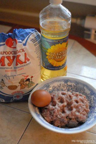 Ингредиенты для запеченных котлет в духовке