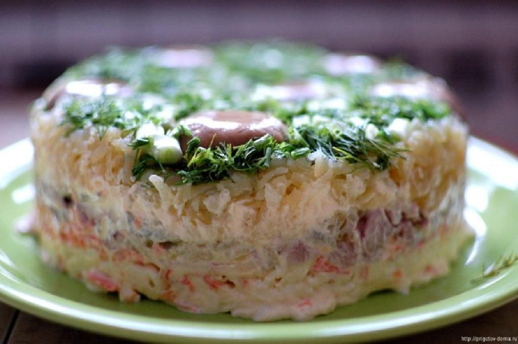 """Рецепт салата """"Грибная поляна"""""""