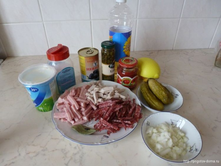 Ингредиенты для мясной солянки