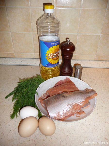 Ингредиенты для оладьев из горбуши