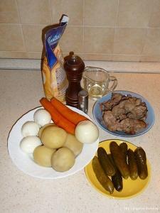 готовим слоеный салат из куриной печени