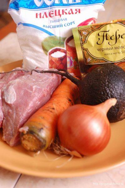 Ингредиенты для тушеной говядины с редькой