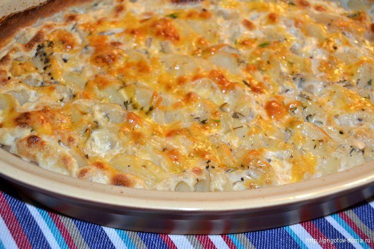запекаем картофель в духовке при 220 градусах