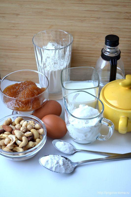 Печем медовый пирог с орехами