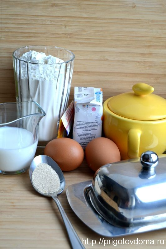 печем сахарный пирог
