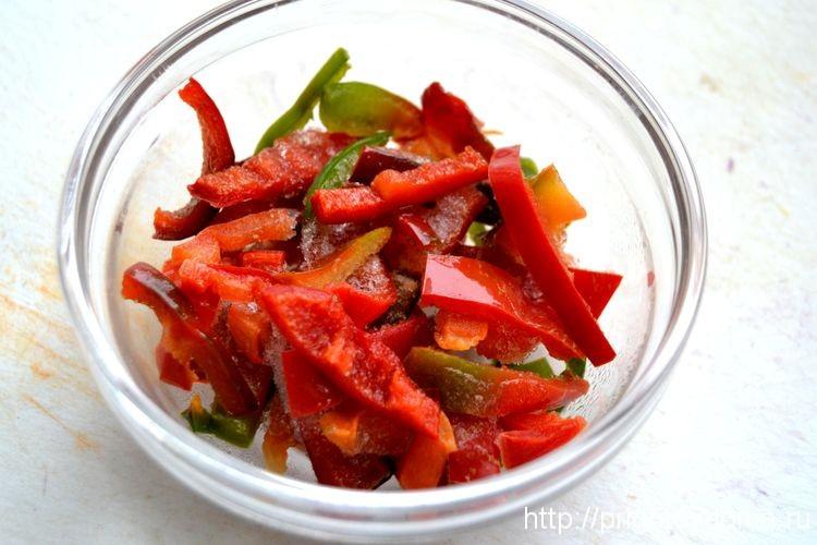 нарежем для салата болгарский перец